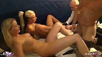 ►► Amateur FFM Dreier von Deutscher Studentin mit ihrer besten Freundin auf Party - German Threesome ◄◄ Vorschaubild
