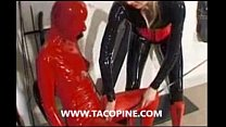 www.tacopine.com : Attachée elle se fait malmené en costume Latex preview image