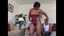 Black beauty Hypnottic pleases herself while blowing her man in the bedroom