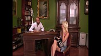 Unleashed blonde kneeled down and buggered