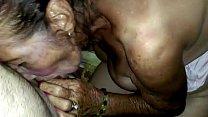 Amateur grandma sucking Vorschaubild