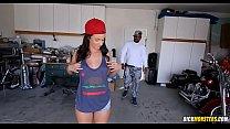 Skater Chick Jada Stevens Love Big Black Dicks's Thumb