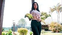 CARNE DEL MERCADO - Sexy Latina Mila Garcia tas...