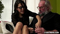 Geek girl Carolina loves to fuck older guys video