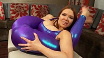 Free download video bokep Super Stretchy Redhead Shows Off Flexibility in Spandex