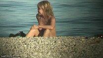 Аппетитные красотки на нудистском пляже сняты на видео любителем подглядывать