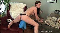 Sexy MILF Samantha Rubbing Her Pussy