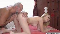 Bunicul Porno Isi Fute Nepoata Dupa Ce Ii Da Banii De Scoala
