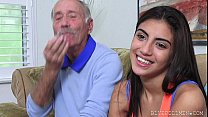 Frankie Fucks a Latina Hottie
