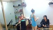 Hớt tóc Khánh Linh
