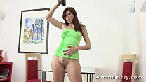 Kattie Gold toys her piss soaked pussy with gre...