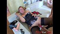 Hot orgy with three sluts!! French amateur Vorschaubild