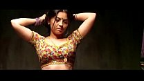 Sonalee Kulkarni hot and sexy navel from movie shutter.