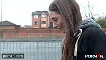 British skinny Leyla flashing in London Preview