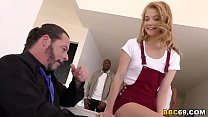 Hannah Hays Gives Interracial Porn Show For Dad