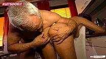 LETSDOEIT - Horny German Granny Literally Fucks The Guy Next Door Vorschaubild