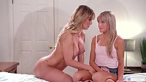 MOMMY'S GIRL - Why are you taking naked pictures of your Mom? - Cherie Deville and Scarlett Sage صورة