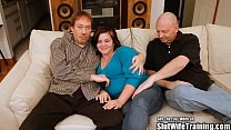 Chubby Wifey Pleases Two Horny Cocks Vorschaubild