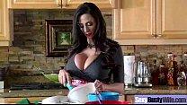 (ariella ferrera) Housewife With Big Tits Enjoy Hardcore Sex mov-04