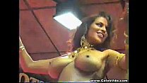 Hot stripper dances naked in public video