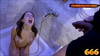 Super hot Amateur babe Lia-Louise Piss bath -  ...