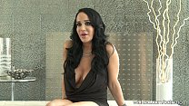 "Big-Tit Nadya ""OCTOMOM"" Suleman plays with puss..."