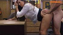 Busty amateur babe boned at the pawnshop
