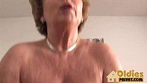 Dr Granny gets fucked Vorschaubild