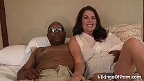 MILF Bella Roxxx Got Nutted With a Big Black COck Thumbnail