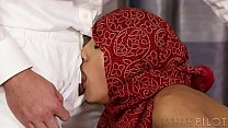 No man's ever touch me like that before! - Chloe Amour, Aaron Wilcoxxx صورة