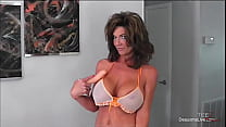Deauxma Uses Her Dildo Until She Has A Squirtin