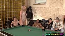 Gamer girl sucking guys before sex in group
