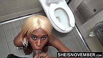 Very Risky Amateur Oral Sex By Naughty Babe Msnovember In Fast Food Restaurant Rest Room With Big White Cock In Her Ebony Mouth Black Breasts And Areolas Out Sheisnovember HD Vorschaubild