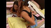 Teens Play Strip Poker! Vorschaubild