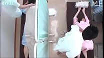 CUTE MASSAGE - Where can i find the full version?? Who is she??