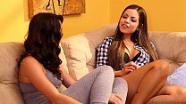 Free download video bokep Yurizan Beltran seduces Natalie Heart