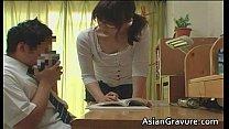 Порно азиатской учительницей с большой грудью