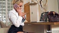 Busty lesbians Patty Michova & Valentina Ricci fill their pinks in bathtub - download porn videos