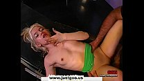 Tiny young blondie gets her pretty face covered with man juice Vorschaubild