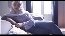 19757 مصرية محجبة تتناك من خليجي بتقولو نروح البيت عشان اخي مايشوفنا الفيديو كامل في الرابط http://cu2.io/Ywwxig preview