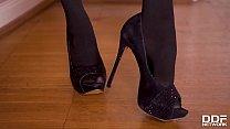 Super Hot Milf Amber Jayne Footjobs In Stocking