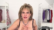 Unfaithful english mature lady sonia displays her enormous jugs