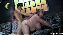 He slams chubby hottie from behind