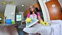 MAMACITAZ - Latina Maid Francis Restrepo Well Payed For Her Job pornhub video
