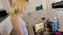 Bratty Sis- Step Sister CreamPie When Brother's In Charge S9:E9 Vorschaubild