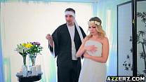Busty blonde Britney Amber hot fuck massage Thumbnail