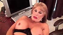 Slutty mature blonde Rae Hart prefers posing an...