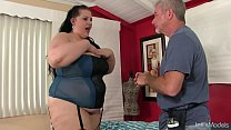 BBW Becki Butterfly gets a full body massage Thumbnail