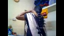 tamil aunty recordin herself and showing her boobs .. pornhub video