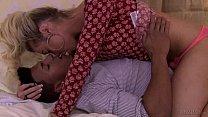 Aubrey Kate seduce a biracial stud - Transsensual